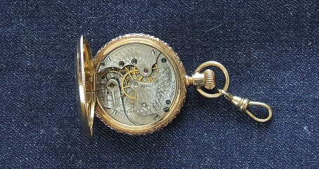 mechanically clean pocket watch